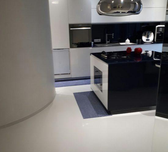 ErreLab_Resina_Level_SF_Lux_Cucina_bianco